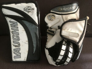 Vaughn Velocity 7400 Blocker & Catcher Set