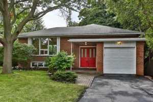 Well Maintained And Bright Ranch-Style Home