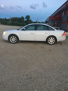 FORD FIVE HUNDRED 06