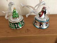 Mr Christmas Wind Up Musical Globe