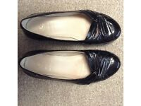 Ladies black patent leather size 51/2 wide fit