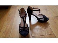 Beautiful heels, 39