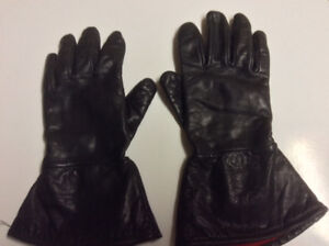 Woman's Motorcycle Riding Gloves