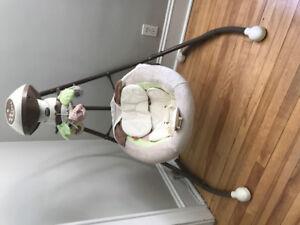 Fisher Price Snugabunny Cradle & Swing