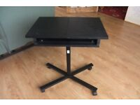 FOLDING LAP TOP COMPUTER TABLE
