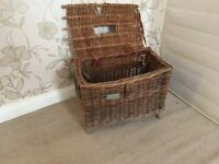 1950s Retro fishing basket