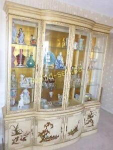 Classical Display Cabinet Chinoiserie Style