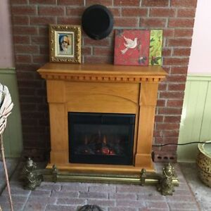 Electric Fireplace. Full working. Excellent Condition.