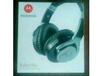 Sealed Motorola pulse max headphones