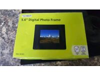 Technika digital photo frame