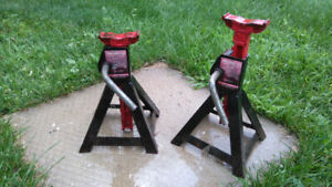 Pair of axel stands