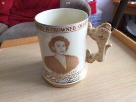Crowned Qween Elizabeth ll memorabilia mug vintage good condition
