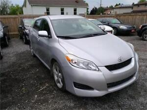 2009 Toyota Matrix XR-Low Low 107000 kms