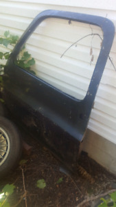76 -80 chev or gmc truck door Dr side and 2 new rocker panals