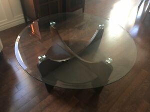Round glass coffee table!