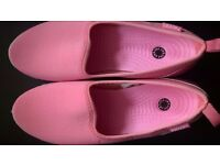 New pink slip on trainers by Pavers (Size 8 / 41)