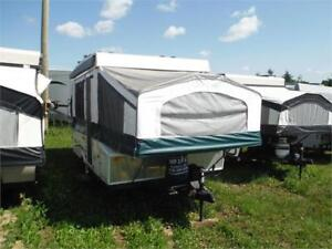 2009 Palomino Y4102 10' Tent Trailer- Sleeps 8- Only 2028LBS!