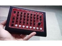 MFB-522 Drumcomputer analogue drum machine