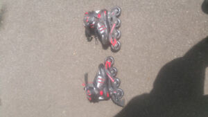 Roller blades, size 6, excellent condition