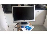 """19 """" LCD Display Monitor Make Targa Visionary."""