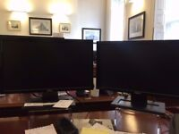 "2 X 18"" Dell E2011 Monitor Screens"
