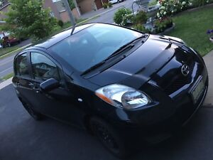 2009 Toyota Yaris (clean mint car)
