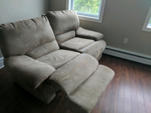 """The """"by the way, this reclines"""" love seat -For all your romance"""