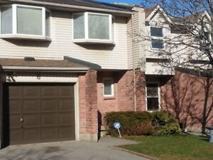 $1542.00-3 BDRM GORGEOUS TOWNHOME IN CAMB. GARAGE- RENOVATED!