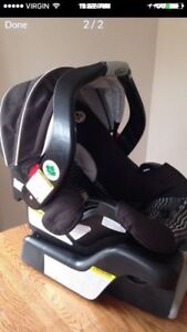 Graco car seat with its base for sale!