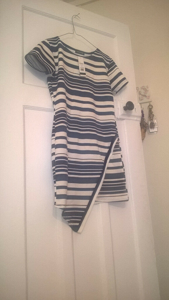 Dressesin Ladbroke Grove, LondonGumtree - Purple Lipsy Dress size 8 £10 Stripey Blue never worn dress £10 Brown Amy Childs dress £12 Brown Stretch Dress £10 Cream Gold Dress £8