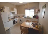 **DSS WELCOME** A MUST SEEN 2 BEDROOM FLAT LOCATED IN WALTHAMSTOW