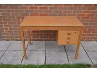 Desk, 3 drawers, light oak finish, 104 x 59cm (Domino furniture)