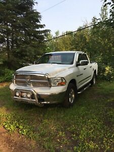 2011 Dodge Ram 1500 SLT FOR SALE