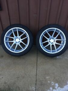 22x10.5 Niche Targa M131 22x10.5 with tires
