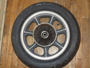Kawasaki Vulcan 1986 Wheels with tires r19