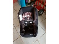 Car seat 9 months to 4 years