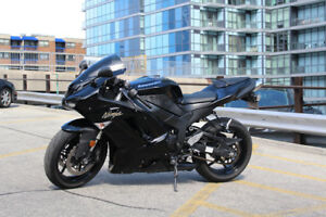 All Black Kawasaki Ninja