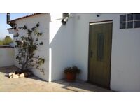 LA CASITA DE COVETES SELF CATERING COTTAGE FOR 2 (+1). SOUTHERN CATALONIA, SPAIN