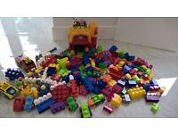HUGE BUNDLE MEGABLOKS MEGA BLOCKS LIKE DUPLO LEGO SCHOOL HOLIDAYS