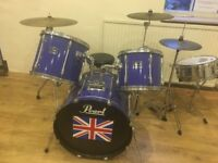 Pearl Export Drum kit, Yamaha snare, 3 cymbals and kickstand