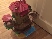 Silvanian Families Old Oak Treehouse - great condition