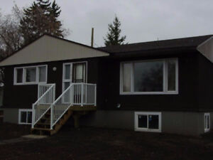 House for rent in Ferintosh, 20 minutes SW of Camrose