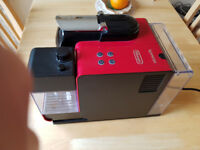 Nespresso Coffee Machine Delonghi Latissima + (Colour Red)