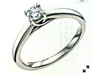 9 ct white gold Forever 0.27 carat solitaire diamond ring. Hardly worn. IGI certificate.