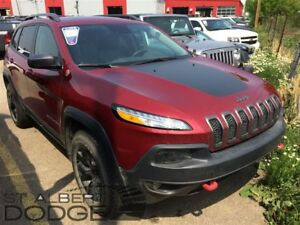 2016 Jeep Cherokee TRAILHAWK | 4X4 | BACK CAM | LEATHER | PAN SU