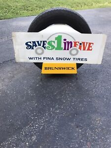 Brunswick tire stand sign