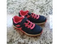 Girls Trainers Clarks 10.5 G Excellent Condition