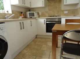 Rooms available to rent in Ilford