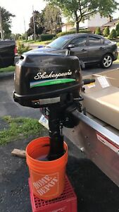Shakespeare 5hp outboard boat motor