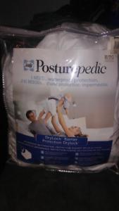 Posturepedic bed cover